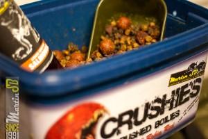 Crushie, boilie en pellet mix verrijkt met een additive